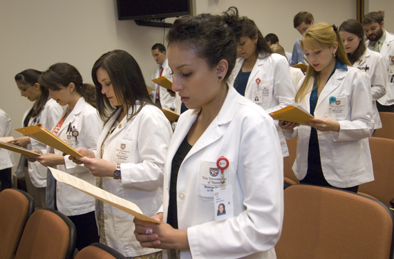 7 tips for students applying to medical school